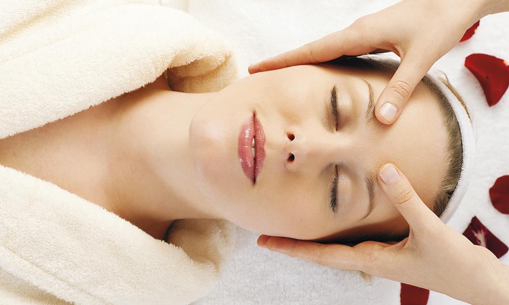 kobido masaje facial farmaestetic almeria